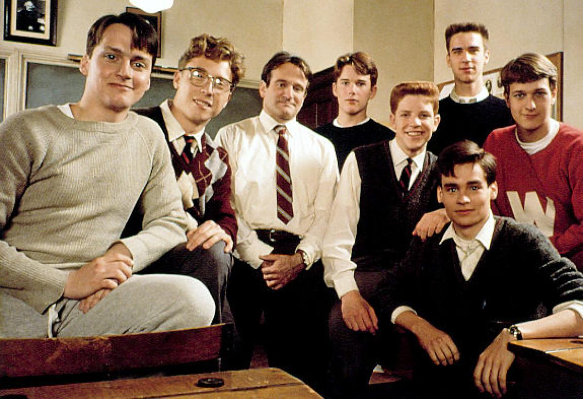 dead poets society essay Dead poets society is a terrible defense of the humanities the beloved film's portrayal of studying literature is both misleading and deeply seductive.